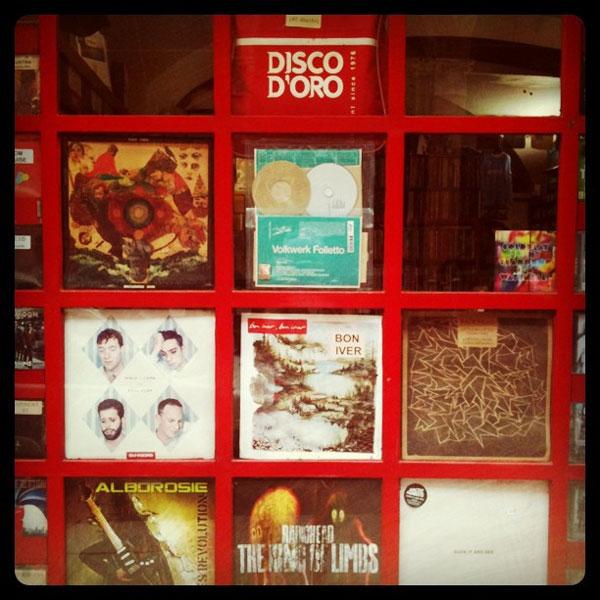 Vai nei negozi di dischi: Disco d'oro, Bologna